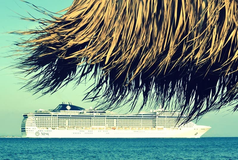 types of retirement-mini retirement-cruise-ship