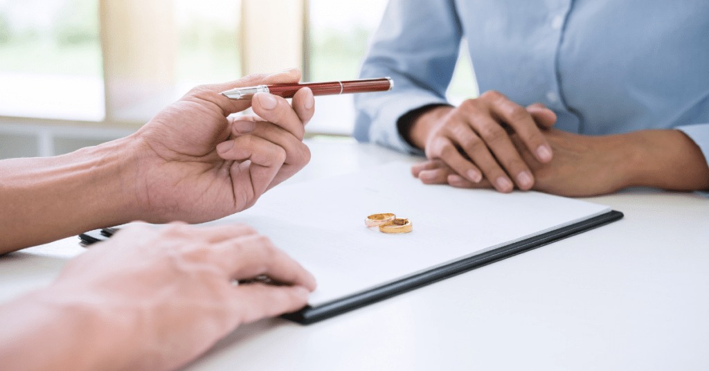 couple agreeing pension sharing order in divorce