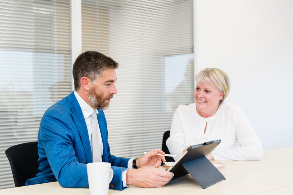 How to Choose a financial advisor_Simon Garber IFA